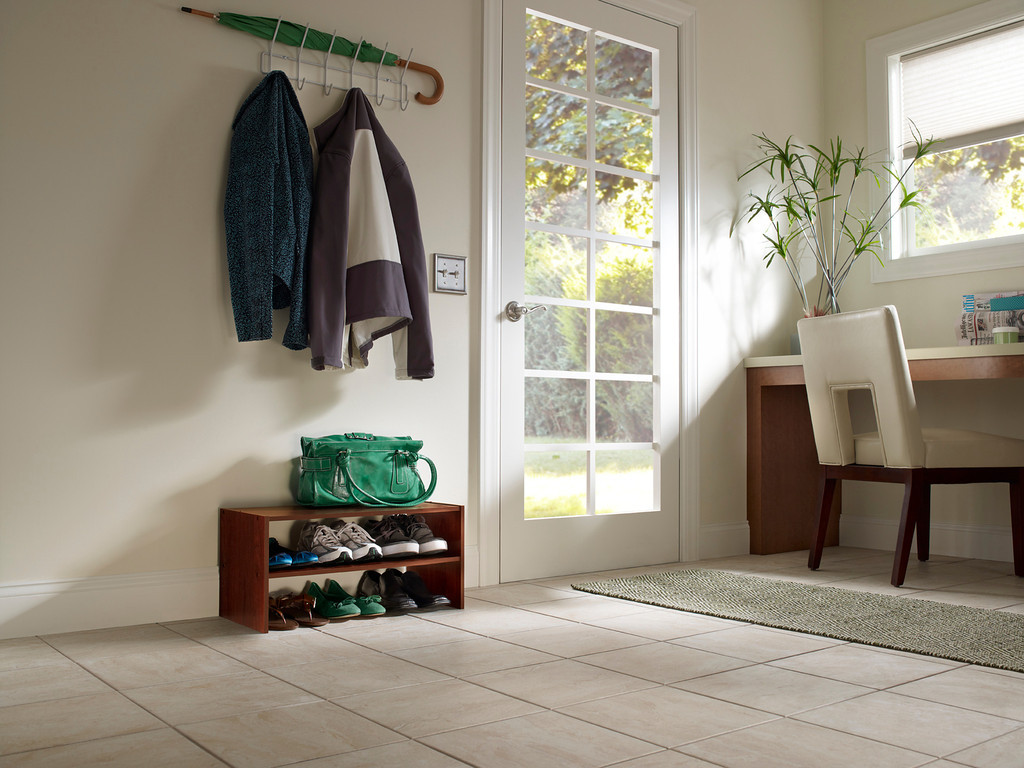 Apartment Entryway Benjamin Moore: Living room ? Creating ...